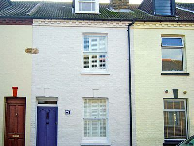 Butterfly Cottage Whitstable by Butterfly Cottage Cottage Holidays In Whitstable Kent