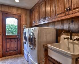 Rustic Laundry Room Decor Best 25 Rustic Laundry Rooms Ideas On Farmhouse Dryers Rustic Dryers And Rustic