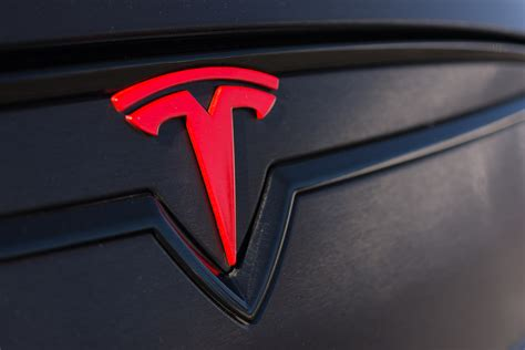 tesla is ready to shake up electric car market with its