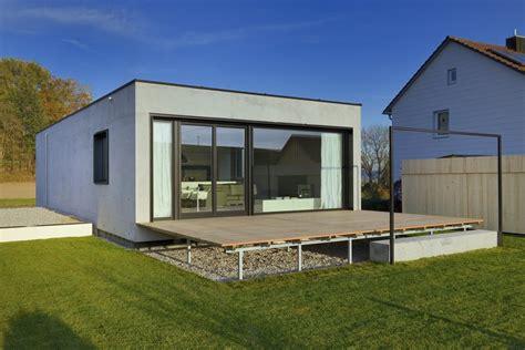 Haus Aus Beton Kosten by Einfamilienhaus In Aiterbach Minimalistischer Monolith