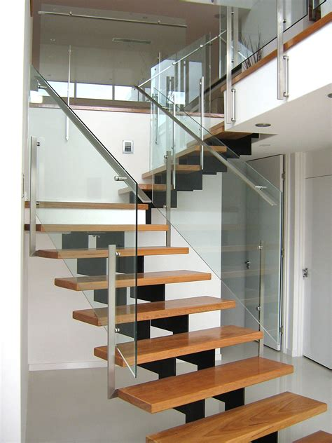 tread fixed stairs flat handrail thump architectural