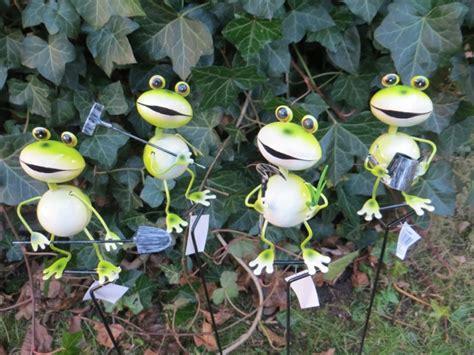decoration garten frosch auf stab