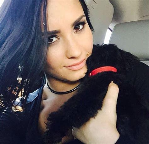 Demi Blasts Pregnancy Rumors by Demi Lovato Disses Carey Rumorfix The Anti Tabloid