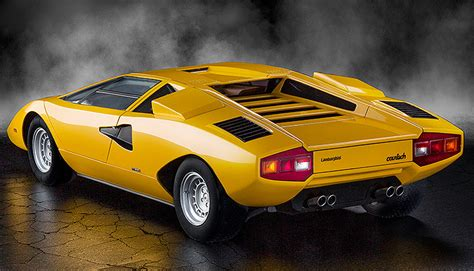 yellow lamborghini countach lamborghini countach lp400 red lamborghini countach