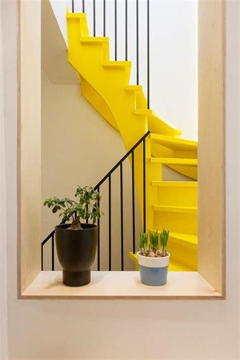 yellow decor best 25 yellow rooms ideas on pinterest yellow bedrooms