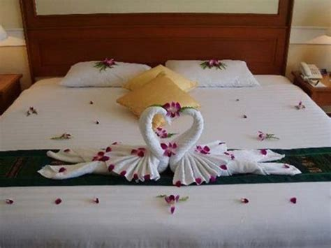 romantic ideas to decorate your bedroom for valentine s