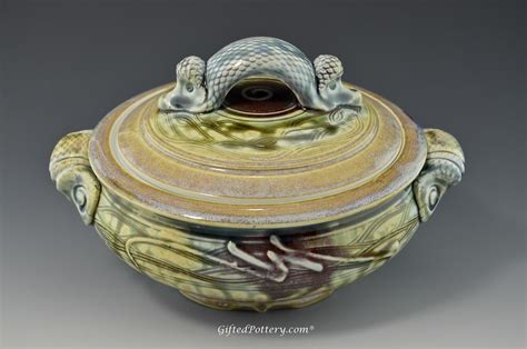 Handmade Ceramics - handmade pottery covered casserole 8 quot gifted pottery