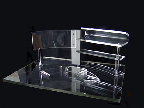 Acrylic Jakarta Timur pengrajin acrylic jakarta pusat buat display produk dari acrylic termurah di jakarta pusat hub