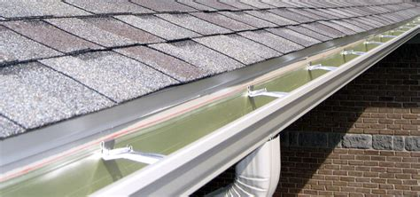 what is seamless guttering