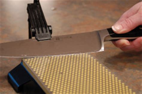 sharpening angles using the dmt knife guide