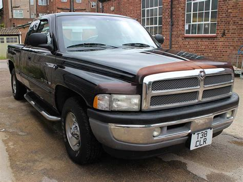 how does a cars engine work 1999 dodge ram 1500 interior lighting 1999 dodge ram laramie slt 1500 pickup quad cab black 5200l v8 magnum engine t38clr gt cars uk