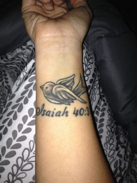 memorial wrist tattoos my wrist in memory of my isaiah 40 31 ink