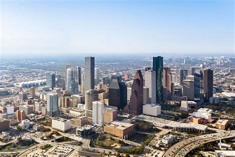 Part Time Mba Of Houston Downtown by Houstonians Warm To Downtown High Rise Living Houston
