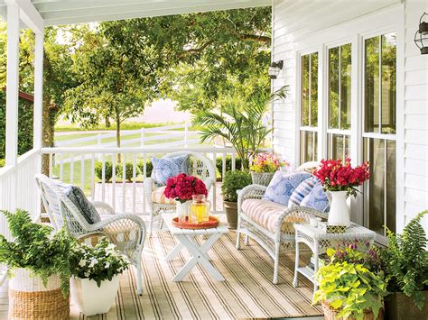 southern home decor stores how to find the best porch decor at homegoods southern