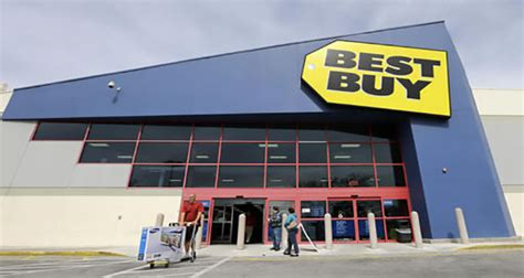 Best Buy Background Check Best Buy Shoppers Take Advantage Of Tax Refund Checks Island Business News