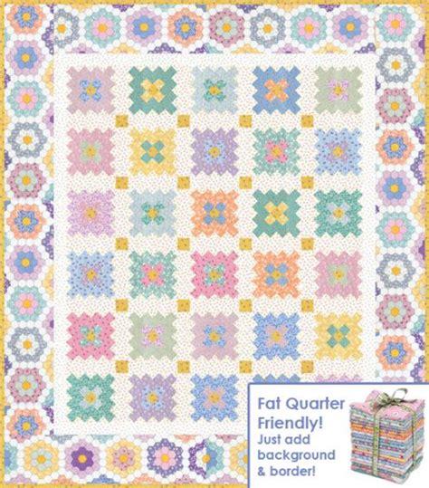 quilt pattern flower garden almost a flower garden free pattern robert kaufman fabric