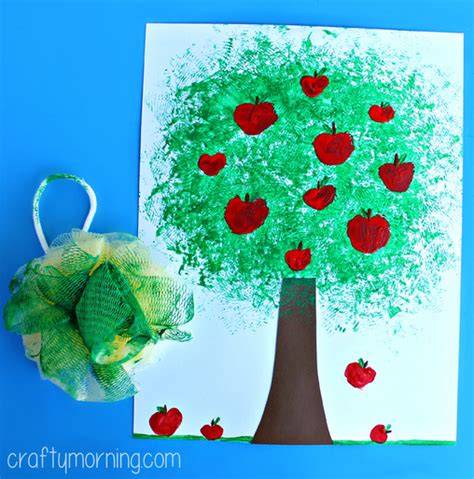 tree crafts for children make an apple tree craft using a pouf sponge crafty morning