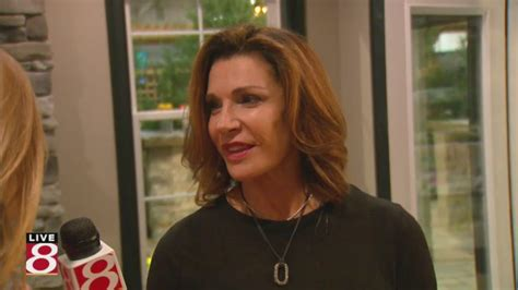 who is hilary farrs hairstyle hgtv star hilary farr speaks at indianapolis home show