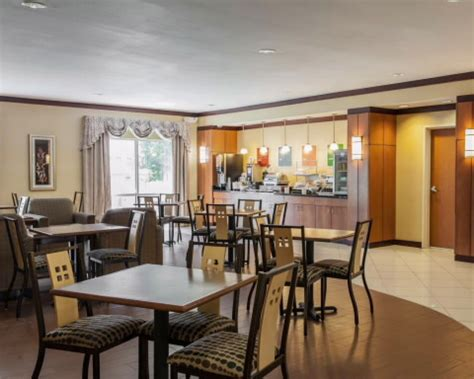 comfort inn southport indiana jobs at comfort suites indianapolis southport