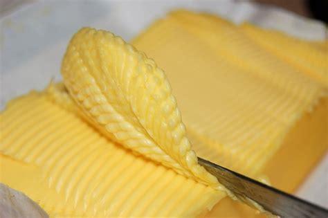 borre pradelles si la m 191 si la leche es blanca por qu 233 la mantequilla es de color amarillo ya est 225 el listo que todo