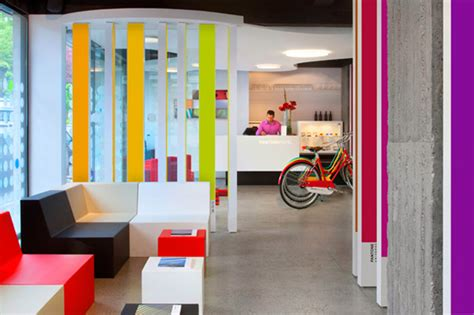 pantone hotel pantone couleurs d h 244 tel