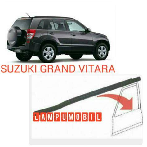 Karet Kaca Depan Vitara Original Suzuki jual karet lis pintu suzuki grand vitara 2006 2012 bagian luar lumobil