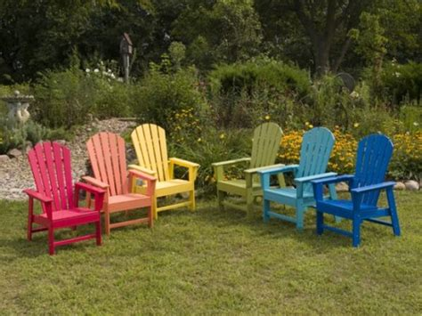 Painting Patio Furniture Ideas by 6 Updates For Your Outdoor Furniture