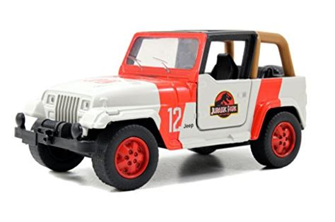 Diecast Jeep Jurassic World 2015 1 32 Scale Diecast Jeep Wrangler
