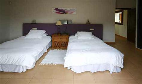 finca mallorca 8 schlafzimmer 8 bis 10 personen finca mallorca s 252 dosten mit pool bei cas
