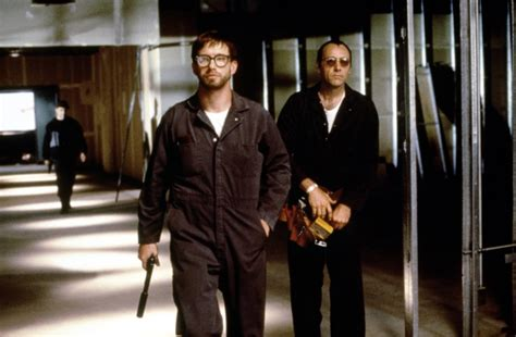 The Usual Suspects 1995 Film The 10 Best Heist Movies Of All Time 171 Taste Of Cinema Movie Reviews And Classic Movie Lists