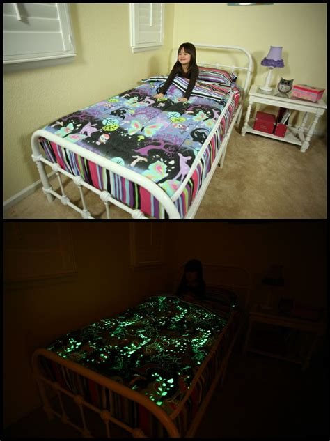 zippit bedding zipit bedding glows in the dark it is one of the