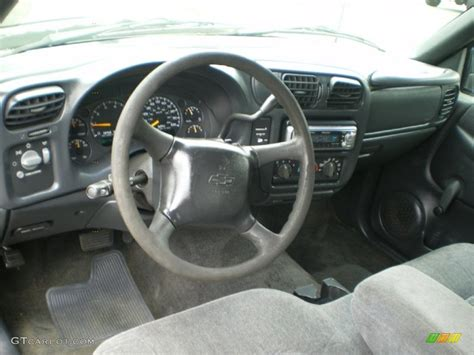 2000 Chevy S10 Interior graphite interior 2000 chevrolet s10 ls extended cab photo