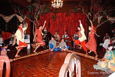 dance tutorial philippines i heart manila traditional filipino folk dance tinikling