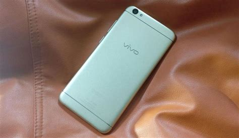 Spigen Sleek For Vivo Y53 V5 vivo y53 with snapdragon 425 launched in india at rs 9 990 verratic