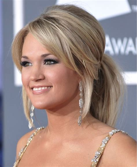 Carrie underwood long hairstyles popular haircuts