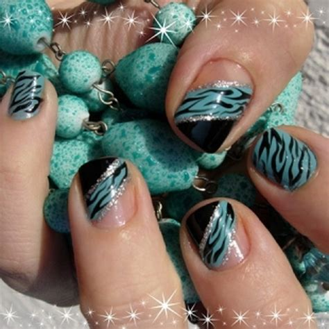 nail design for new year 2013 easy fashionable new years 2013 nail designs to master