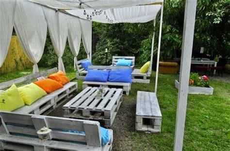Kursi Taman Bekas keren 10 desain furniture ini memanfaatkan pallet kayu bekas