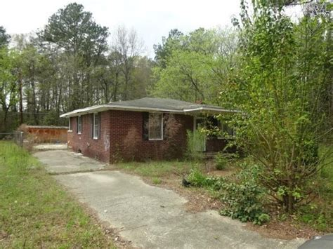 buying a cheap house and fixing it up 15 houses you can buy right now in sc for under 10 000