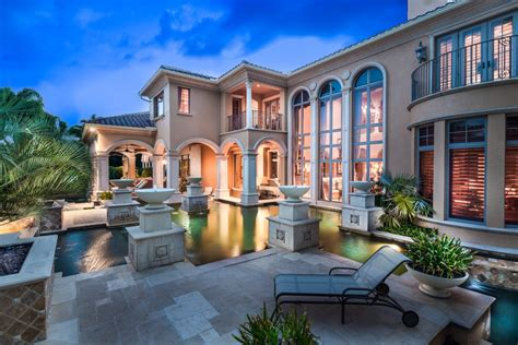 Luxury Homes In Naples Fl Valerie Bee For Luxury Real Estate In Naples Florida