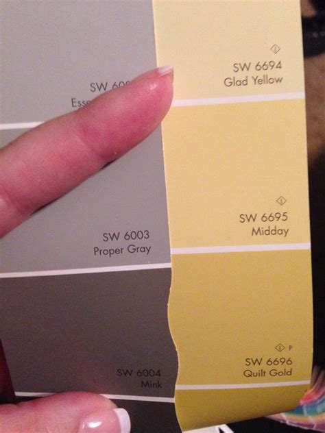 paint colors gold and quilt on