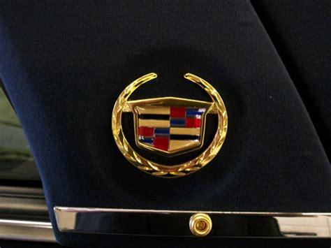 gold maserati logo 2x maserati emblem tridente set maserati logo wallpaper