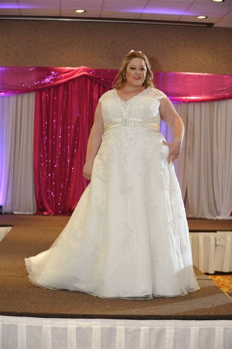 Torrance Bridal Show Plus Size Wedding Gowns on the Runway