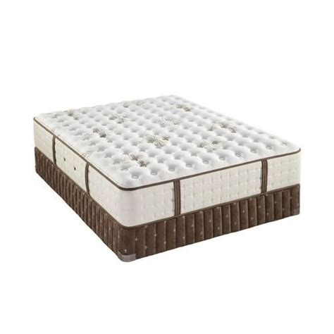 Stearns And Foster Mattress Uk by 17 Best Ideas About Stearns And Foster Mattress On