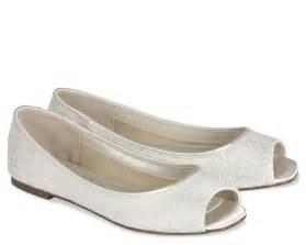 flat ivory wedding shoes with peep toe ipunya