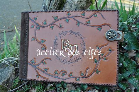 les couvertures de livres d or en cuir de l atelier des elfes