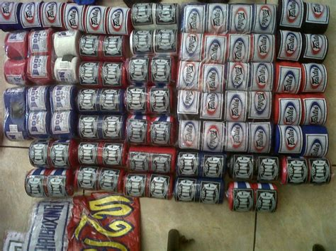 Glove Fairtex Handwrap Fairtex Sepasang tigerkings muay thai equipments muaythai shorts handwraps