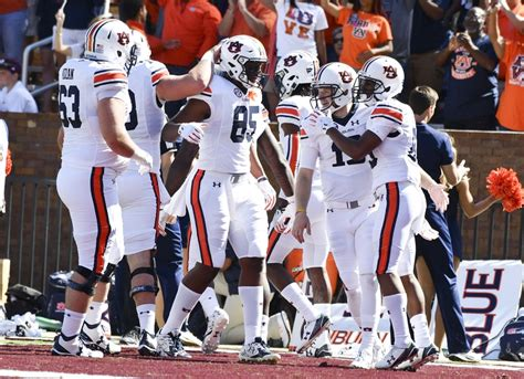 auburn fans in bushes sec football power rankings after week 6 auburn in top