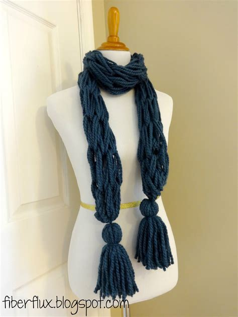 arm knit scarves knitting patterns galore arm knit tassel scarf