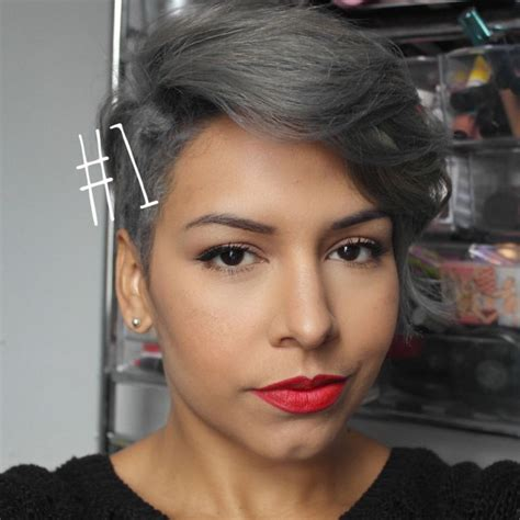 Eyeliner Silver Pixy silver grey hair silver hair pixie cuts hairstyle pixie