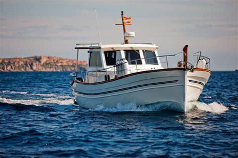 imagenes de barcos navegando barcos cl 225 sicos espa 241 oles el menorqu 237 n yacht 120 boats